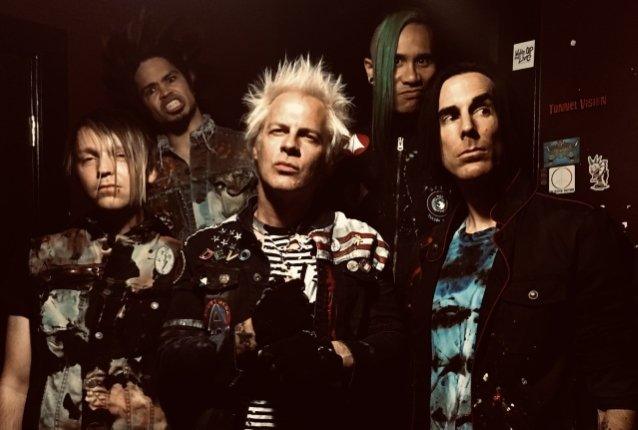 Powerman 5000 lanza la versión especial 2020 de 'When Worlds Collide'
